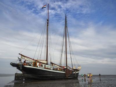 Retraitevakantie voor vrouwen : Ont-moeten in verlangen aan de Waddenzee